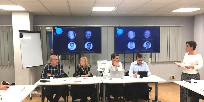 Celebramos una Mesa de Debate junto con el clúster de iluminación CICAT para hablar de las últimas tendencias en el control de la iluminación